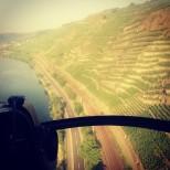 Helikopterem nad Terrassenmosel ©Weingut Knebel